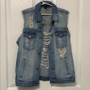 FOREVER 21 distressed denim vest